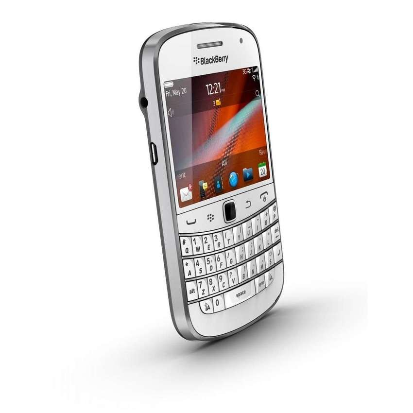 116-W7vP6-blackberry-dakota-9900-putih-2.jpg