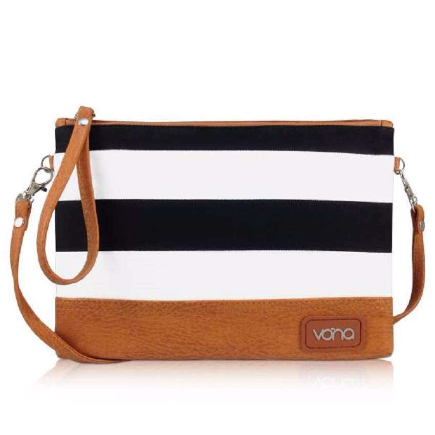 3723_vona_nautical_ava_clutch_hitamputih_1.jpg